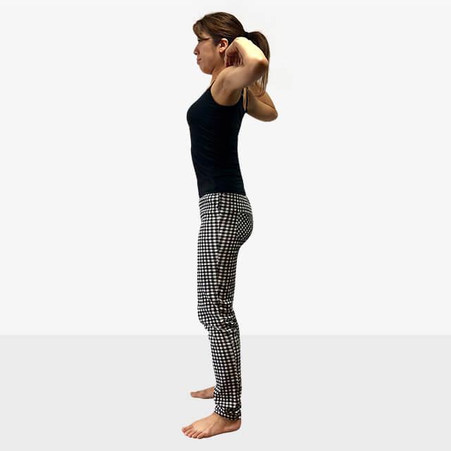 巻き肩は肩こりや悪い姿勢になる原因に!巻き肩の治し方-04