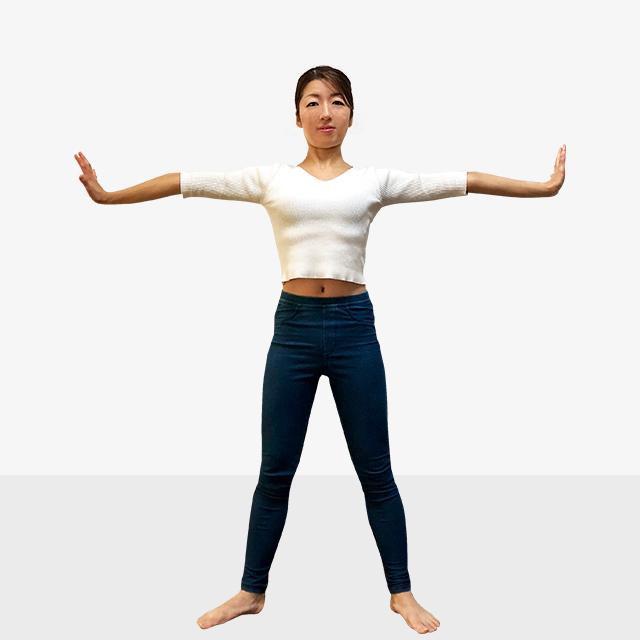 寒さで丸まってしまった姿勢をシャキッと正す!脇腹のストレッチ-07