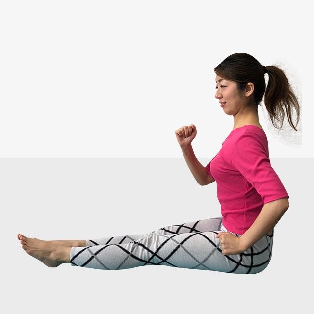 硬いお尻を柔らかくするトレーニング「お尻歩きエクササイズ」-03