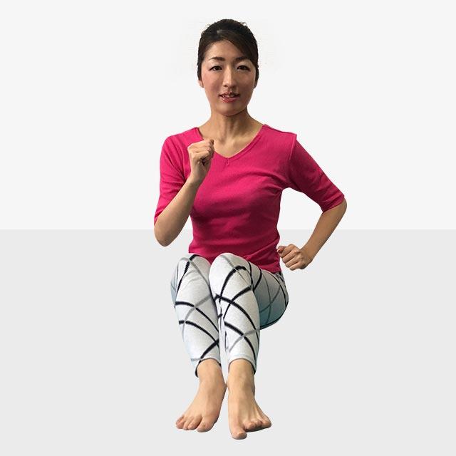 硬いお尻を柔らかくするトレーニング「お尻歩きエクササイズ」-07
