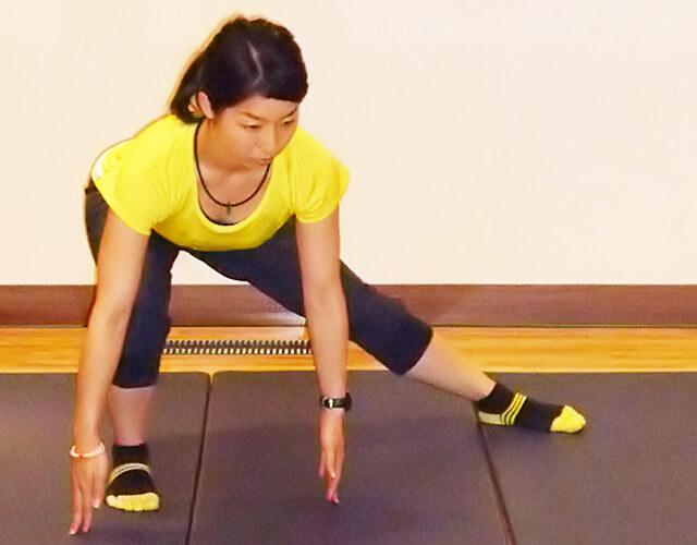 痩せるために鍛えるべき筋肉!「ベントオーバーサイドランジ」-04