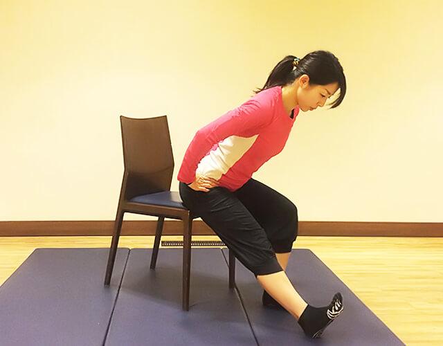 座ったままできる!ムクミ対策トレーニング-03