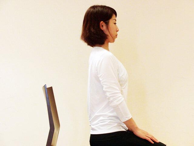 普段から心がけよう!痩せる座り方!-04