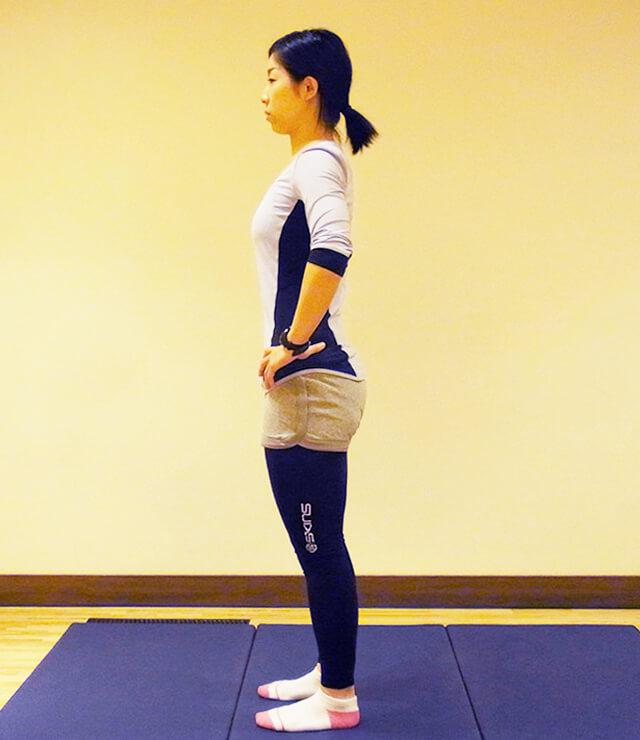 普段から心がけよう痩せる立ち方!代謝アップの立ち姿勢①-01