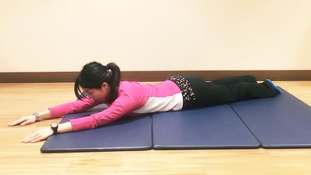 体のゆがみ矯正エクササイズ「猫背改善プログラム」-01
