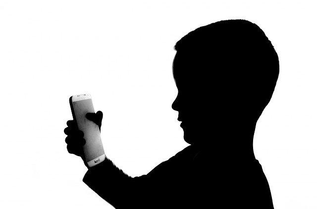 子供 スマートフォン