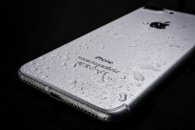 スマートフォン 防水