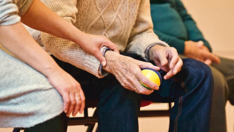 介護ローンの特徴・資金使途・利用条件などについて詳しく知ろう