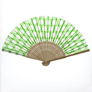 日本の伝統柄扇子 籠目(すす竹)柄