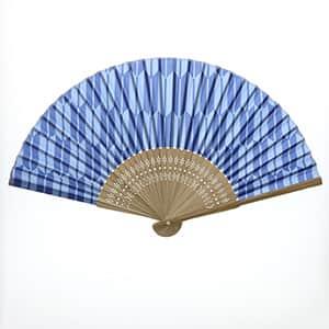 日本の伝統柄扇子 矢絣柄