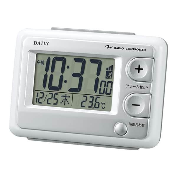 シンプルで表示が大きく枕元に最適。電波目覚まし時計ジャストウェーブ 8RZ095