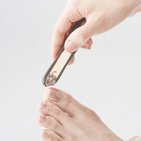 職人の技 カーブ爪切り(ケース付き)