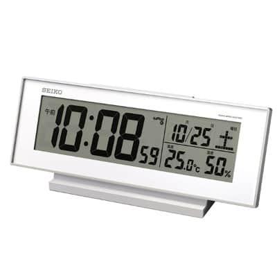 スタイリッシュな時計ならセイコーの温度表示・湿度表示つき電波目ざまし時計 SQ762W