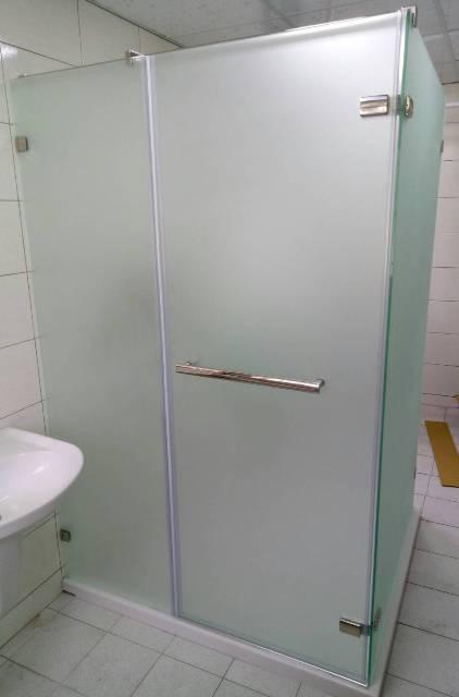 中華橫路ㄇ型隔間淋浴門2.jpg