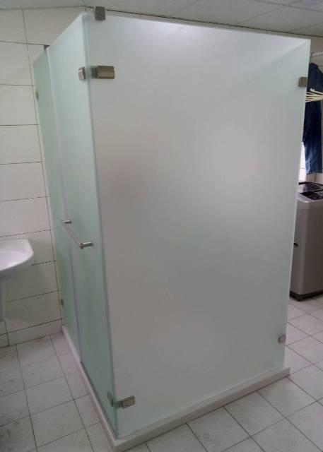中華橫路ㄇ型隔間淋浴門3.jpg