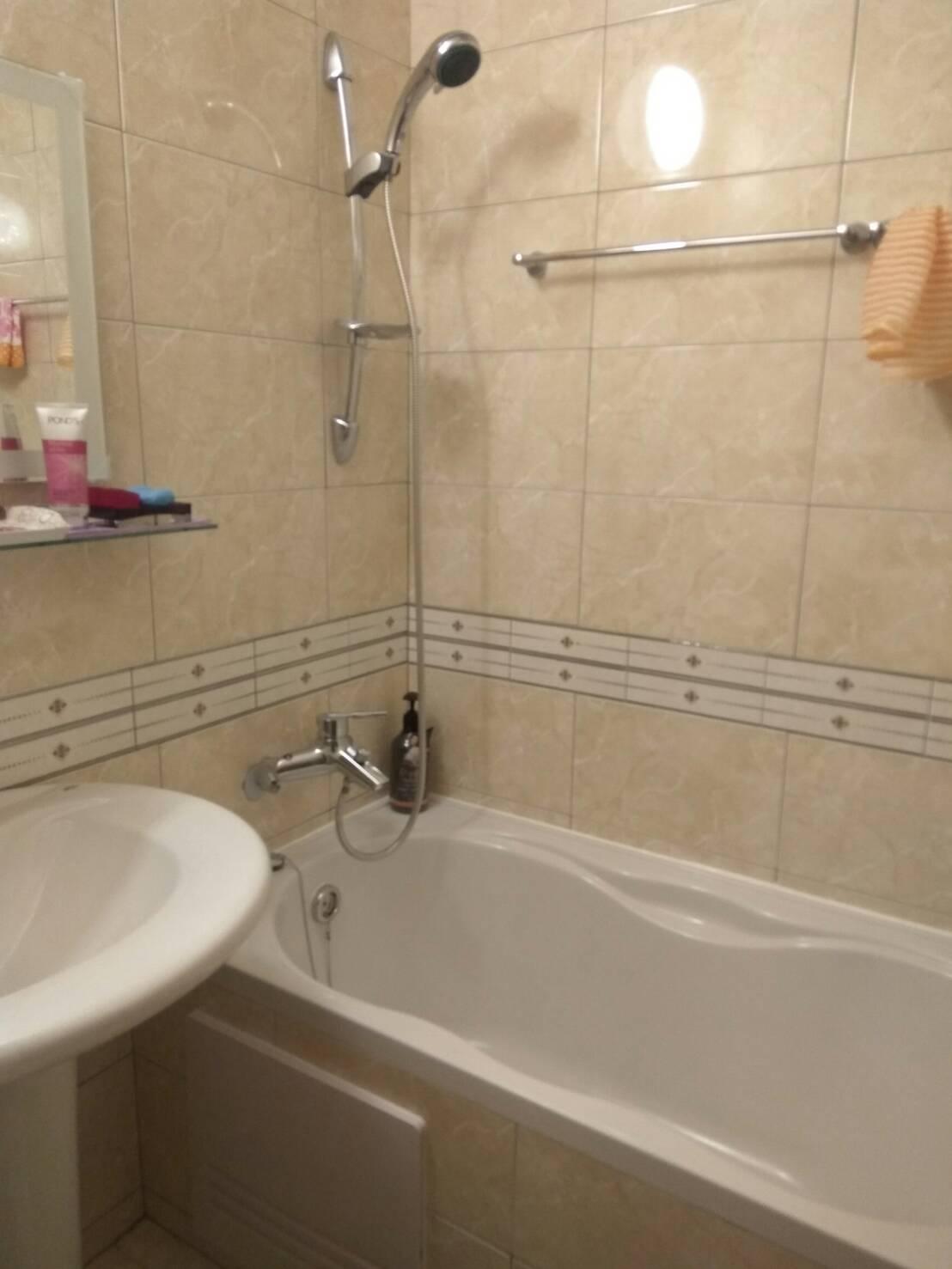 自立一路浴室翻修工程2.jpg