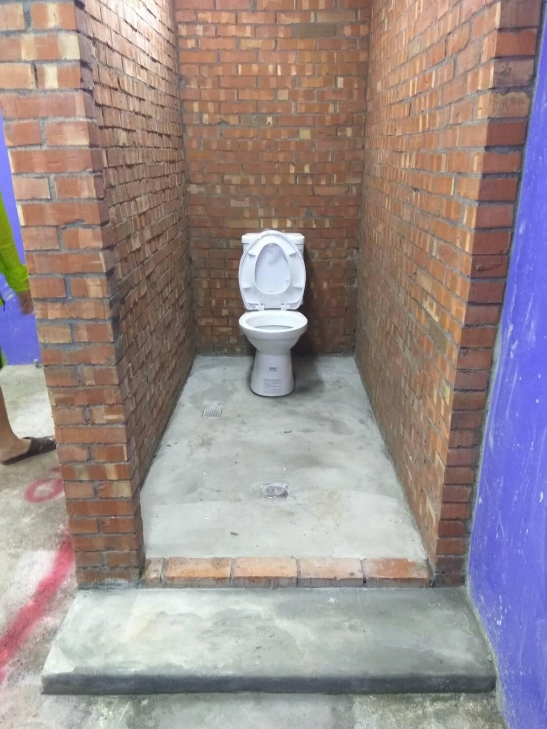 十全一路新增廁所及排水系統.jpg