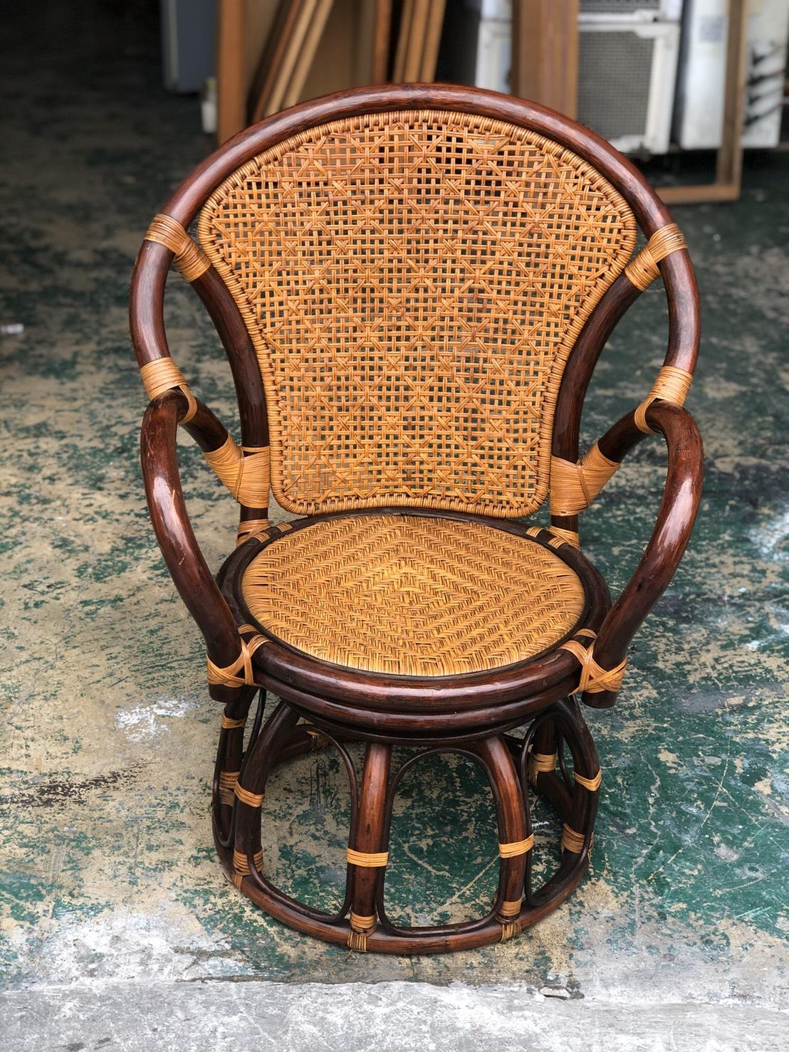 東鼎二手家具 單人座 圓背旋轉籐椅*蘋果椅*泡茶椅*房間椅*餐椅*客廳椅*沙發椅*藤椅*餐椅*矮凳*矮椅*休閒椅