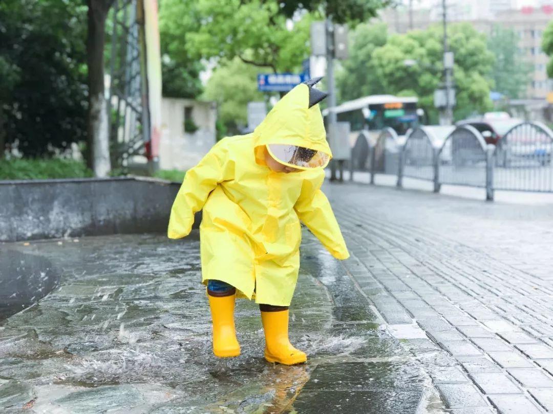 8.▲雨中散步.jpeg