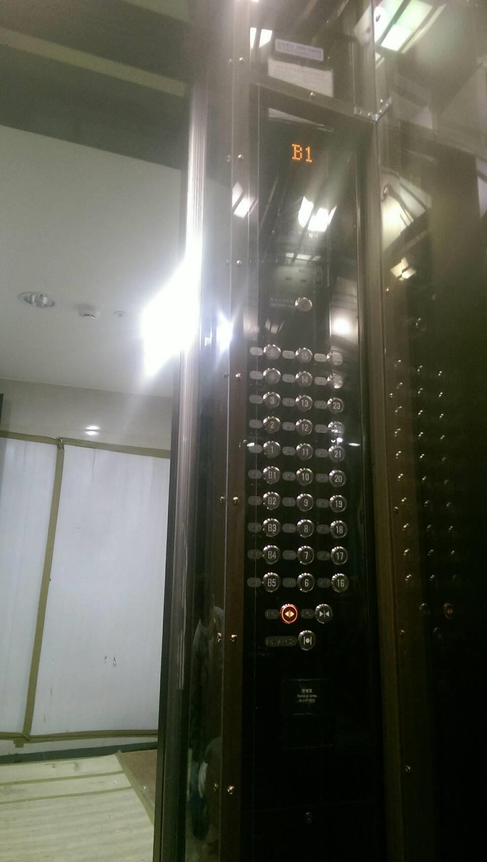 電梯防撞板3.jpg