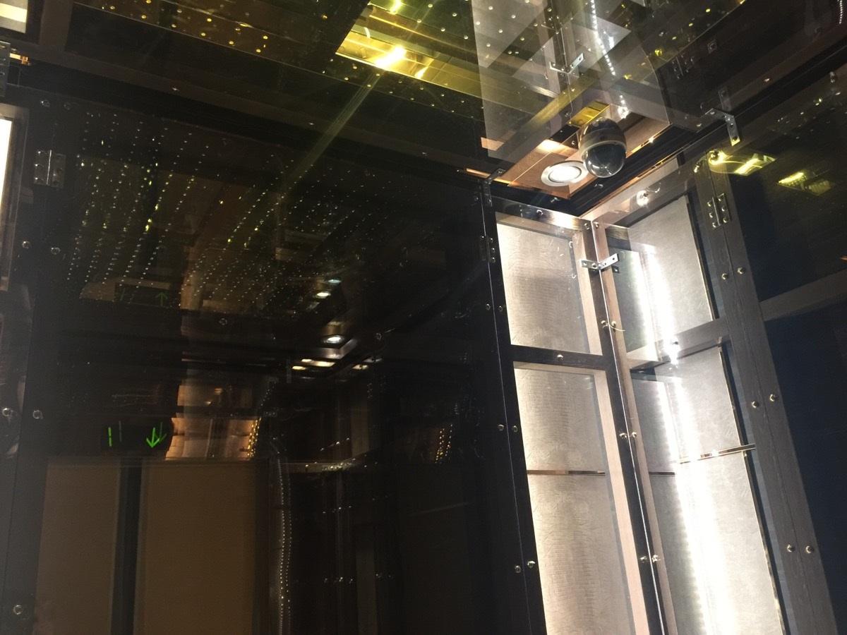 電梯天井保護.jpg