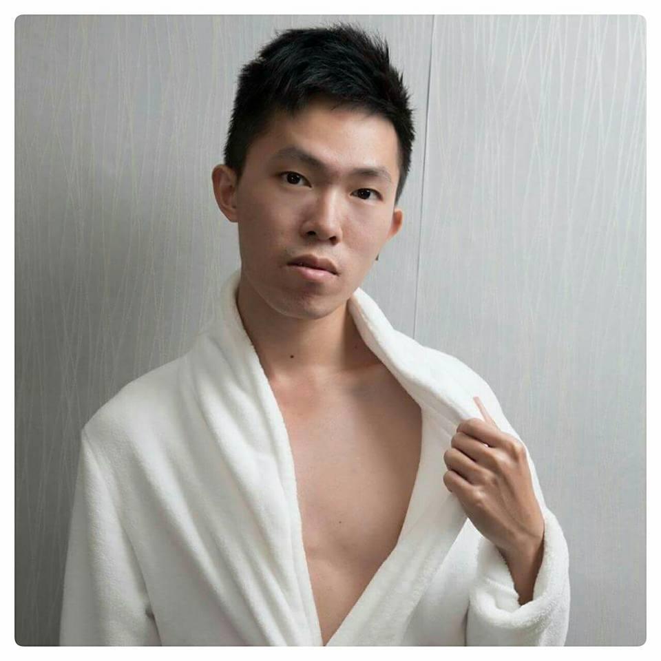 軒浴袍.jpg