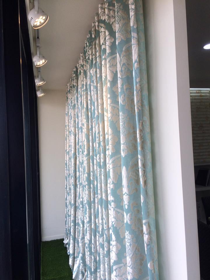 窗管簾.jpg