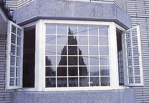 防盜窗格子窗.jpg