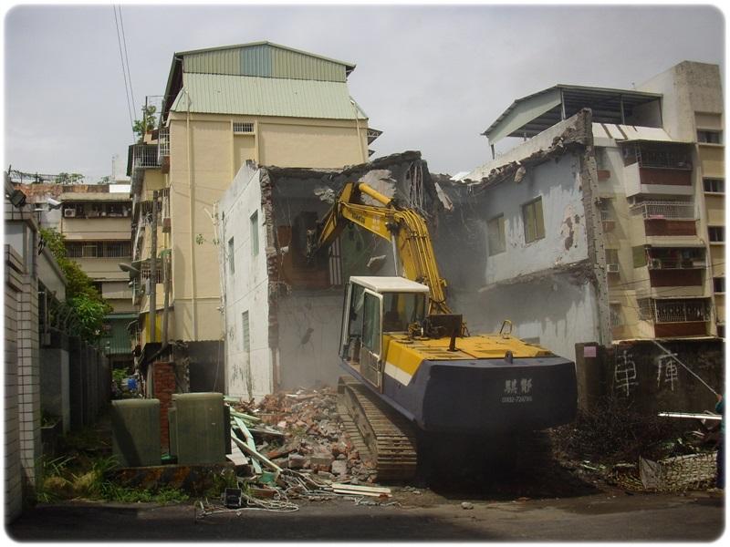 房屋拆除 (1).JPG