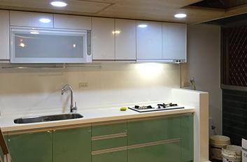 廚房磁磚翻修.jpg