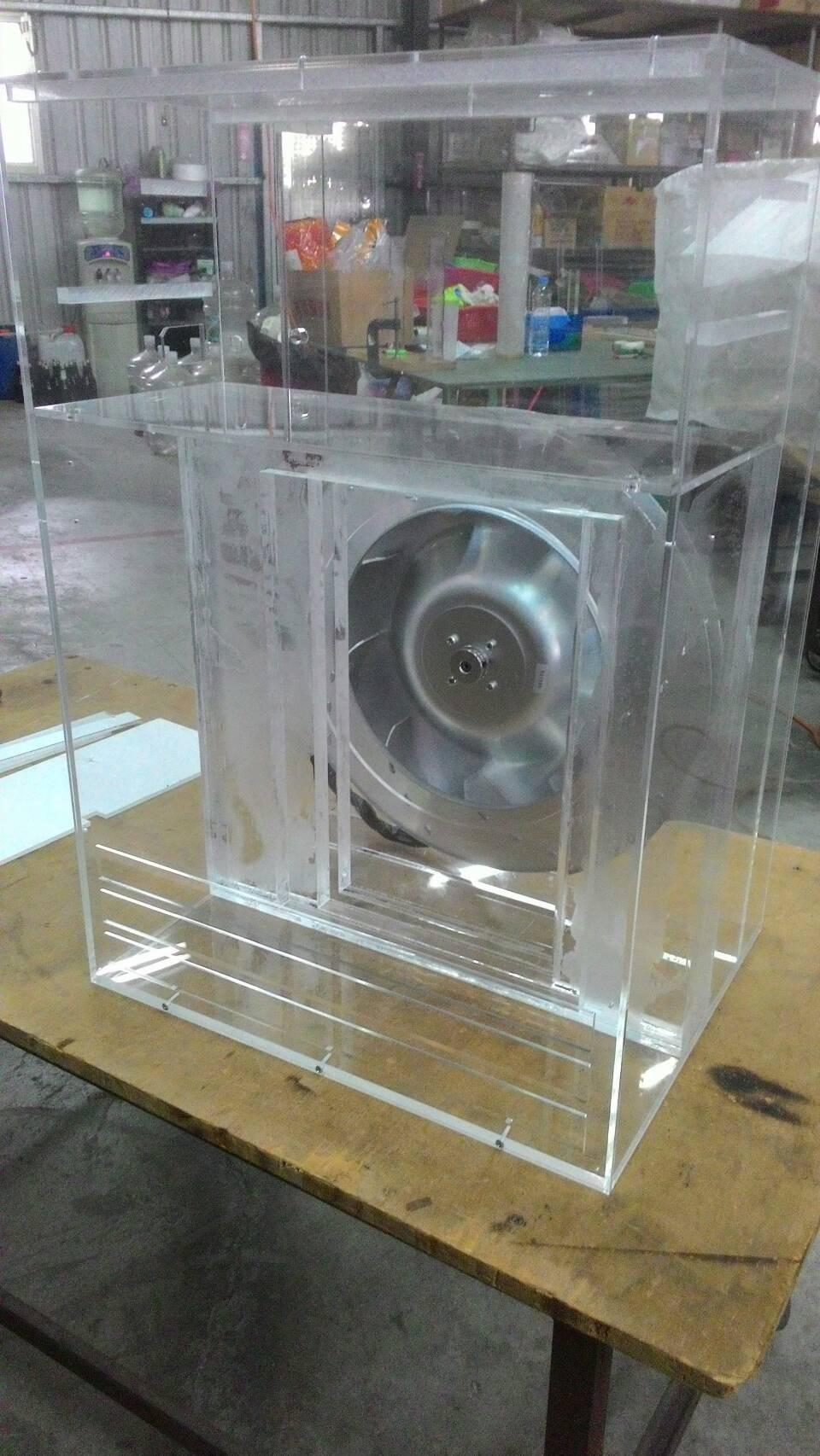 水冷式鼓風機壓克力外框架 內.jpg