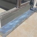 別墅頂樓落地窗漏水