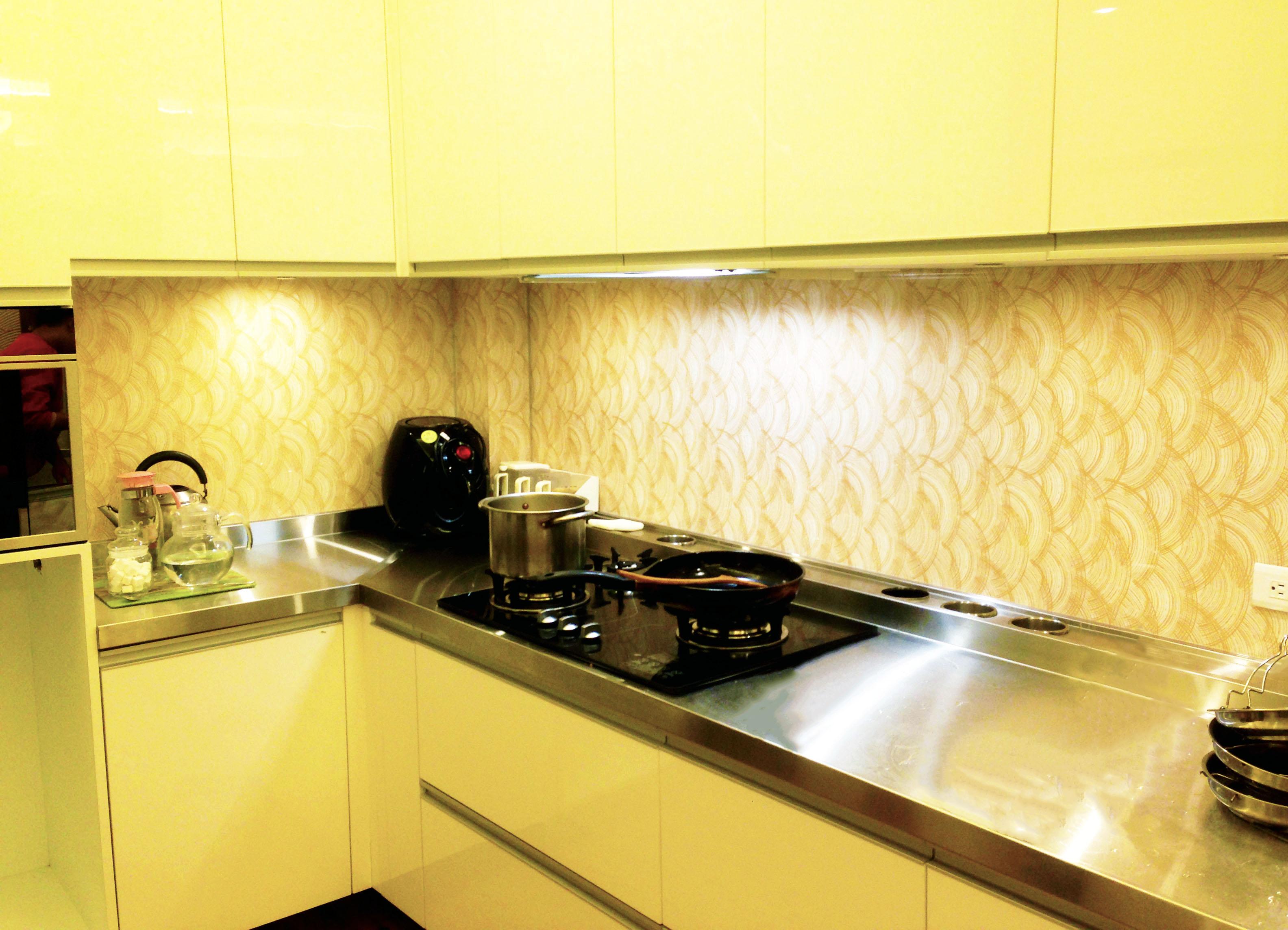 廚房單面膠合玻璃004.JPG