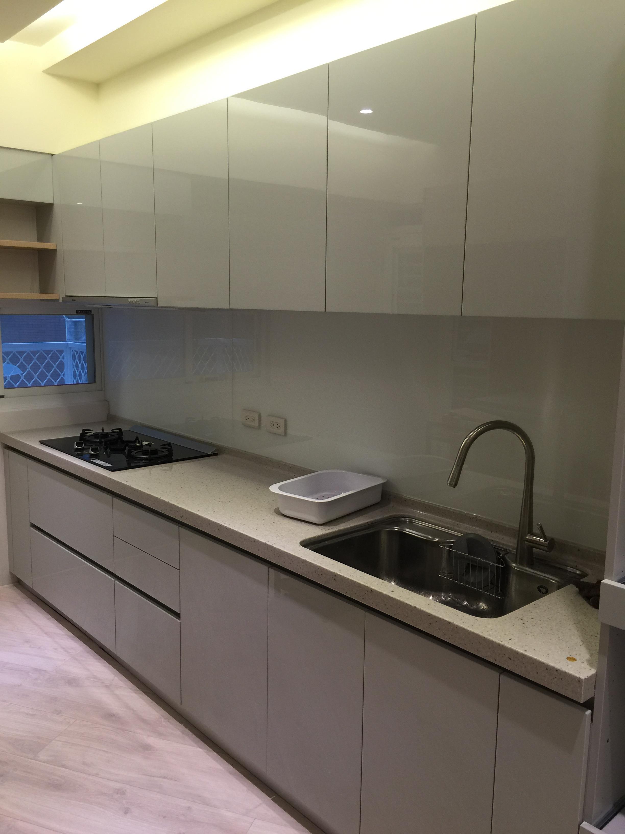 廚房烤漆023.JPG
