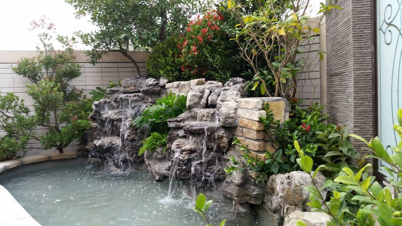 園藝造景水池.jpg