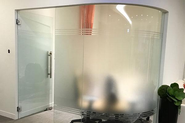 東昇玻璃1.jpg
