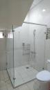 浴室乾濕分離玻璃門