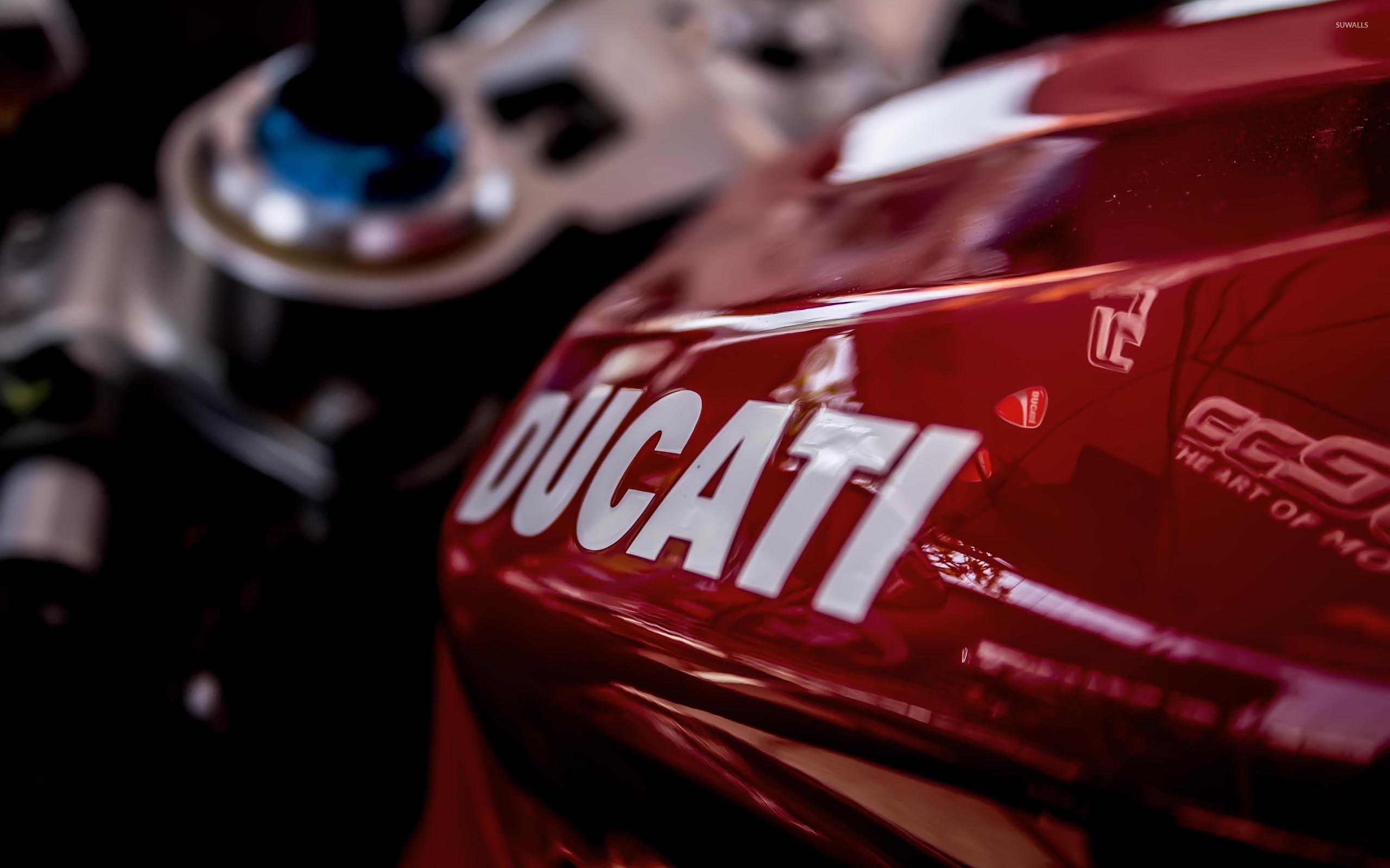 ducati-logo-23549-2560x1600.jpg