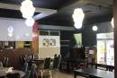 寬敞的室內用餐環境
