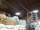 廠房內頂部清除蜘蛛網清潔