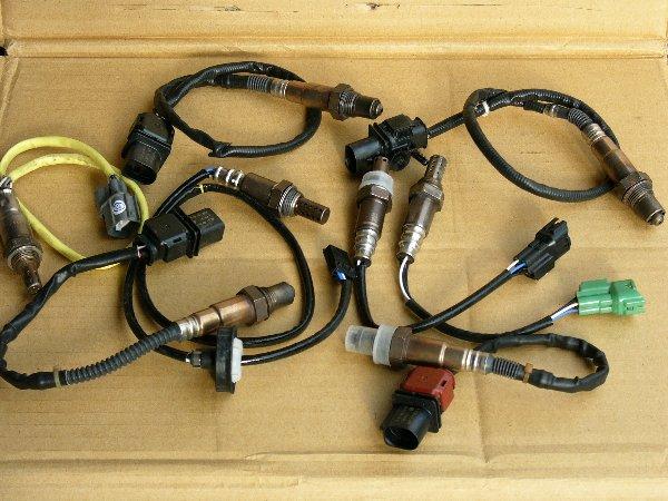 汽車材料.引擎電裝品.引擎噴射零件.怠速馬達.O2.T.P.S噴油嘴.分電盤.空氣流量器 (3).j