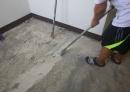 磁磚換塑膠地磚施工前.