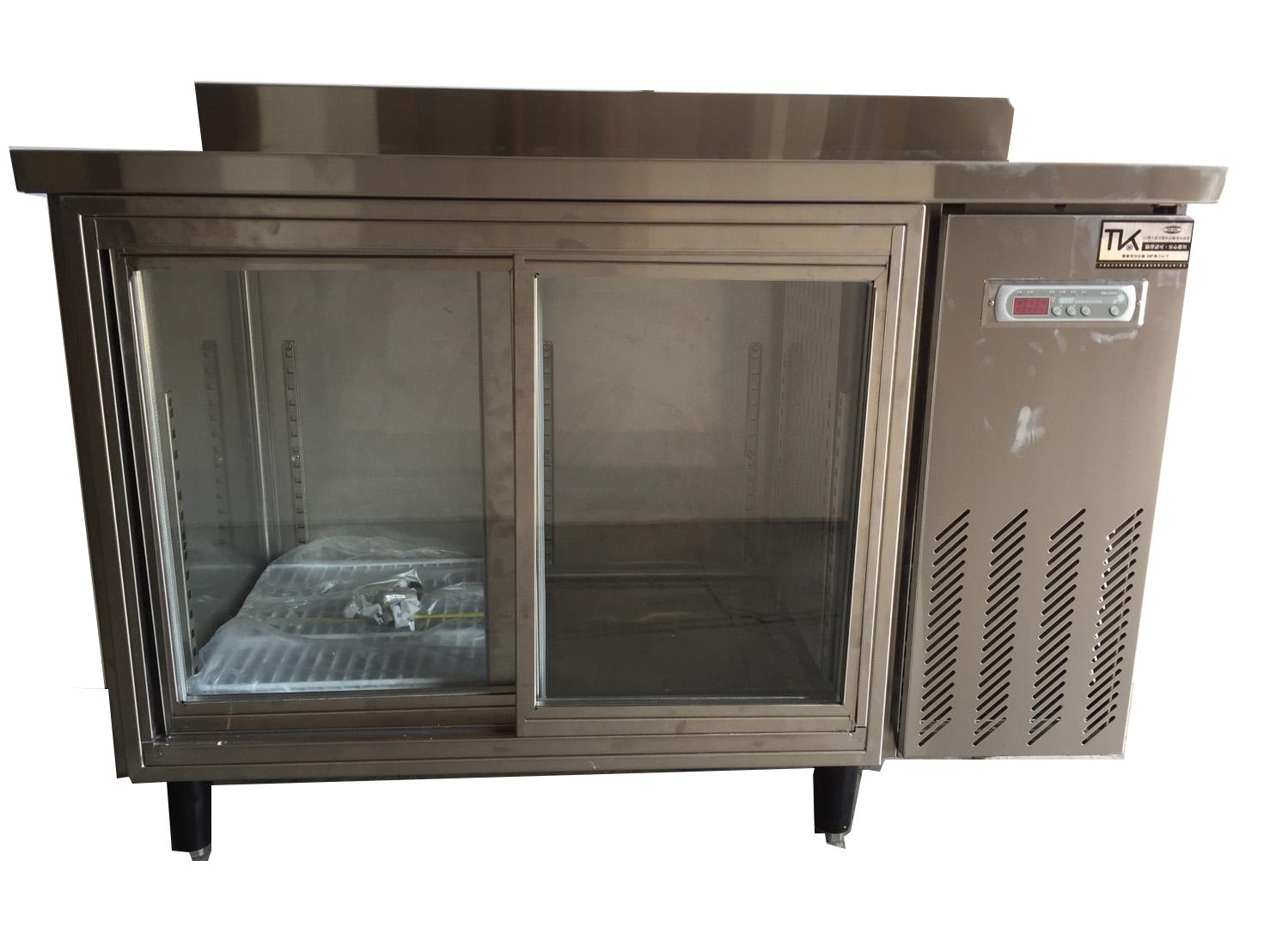 臥式展示無霜推門式冷藏櫃1.png