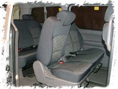 現代GRAND STAREX 2.5九人座柴油休旅車-2.jpg