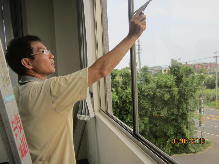 清潔玻璃2.jpg