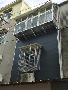 不鏽鋼防盜窗-新店住家