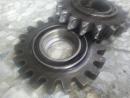電動鐵捲門馬達齒輪蹦齒, 隔板齒輪蹦齒換新,鐵捲門馬達維修