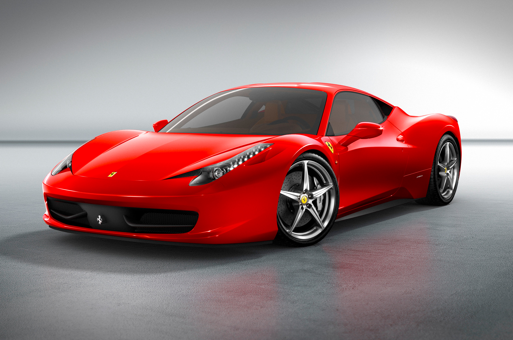 2013-Ferrari-458-Italia-Front-Three-Quarters-View.