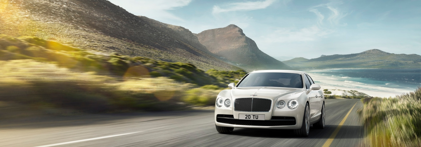 Flying Spur V8_Crayfish_Road_EXT 1920x670.jpg