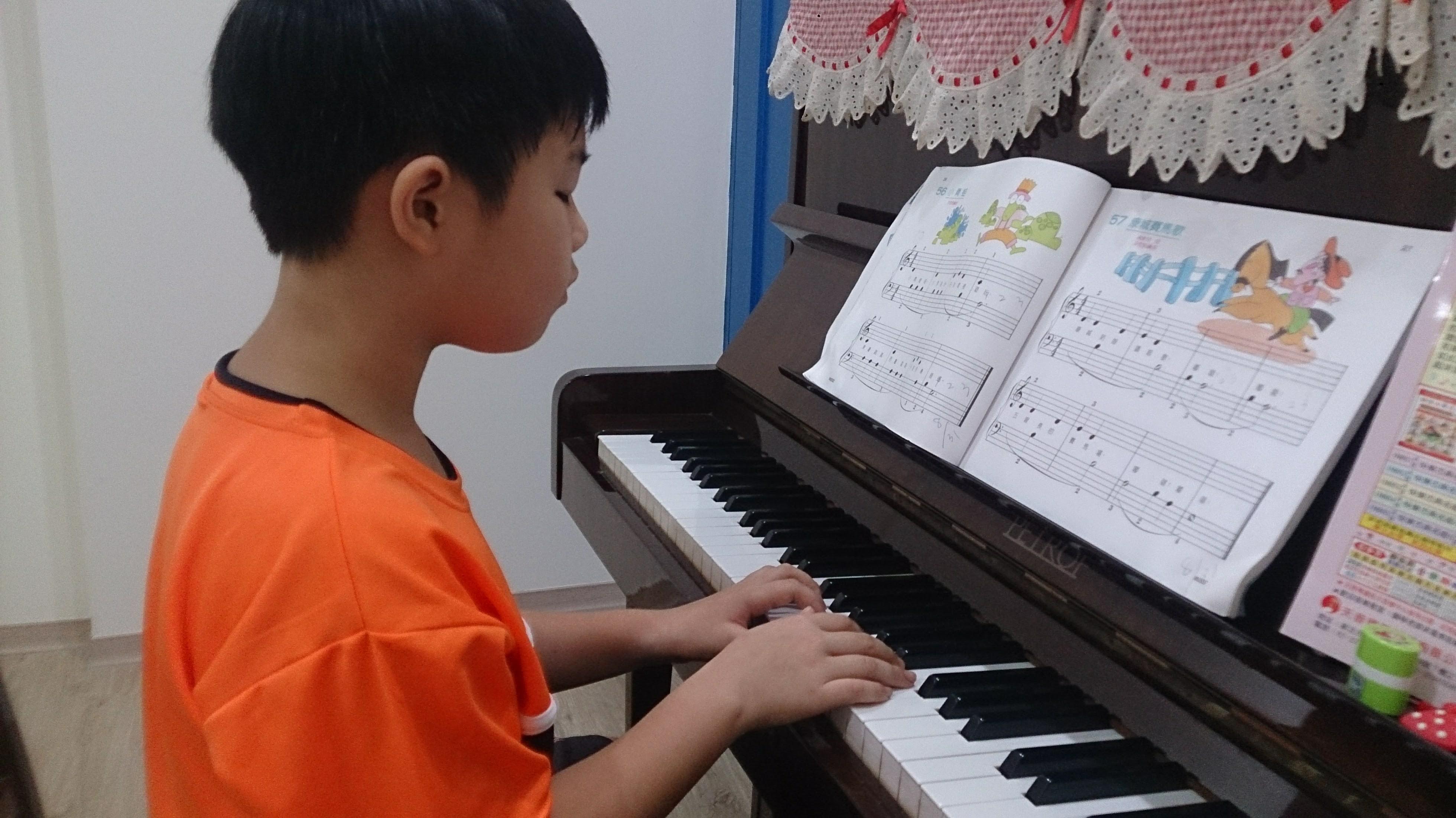 鋼琴教學.jpg